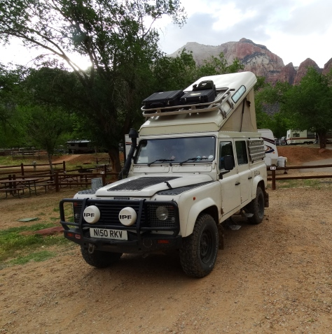 Land Rover Defender / Zion NP, UT