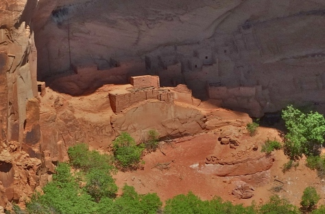 A closer view of the Betatakin ruins.